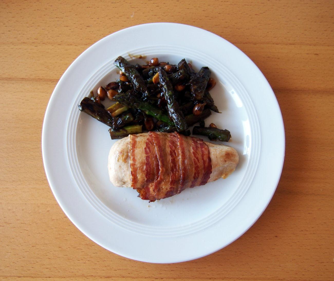 Hähnchenbrust mit Salbei im Speckmantel