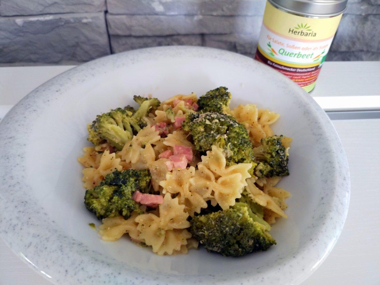 Broccoli-Schinken-Nudeln
