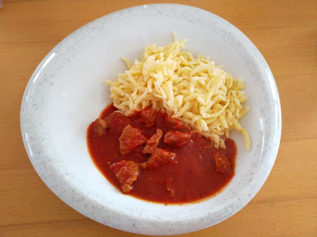 Tomaten-Paprika-Gulasch ohne Fix-Päckchen