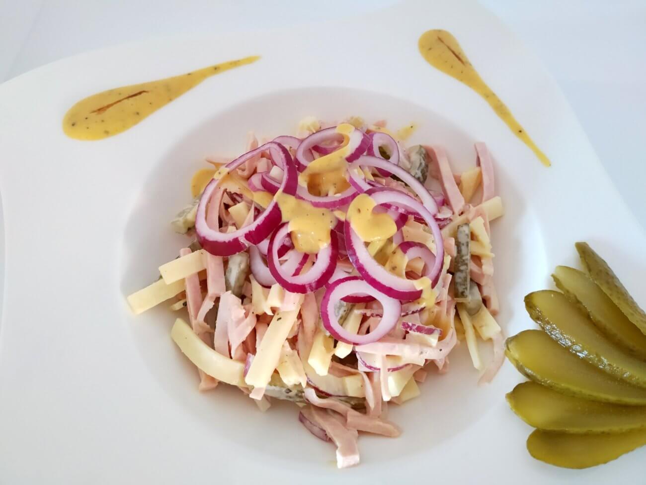 Wurstsalat mit Vinaigrette
