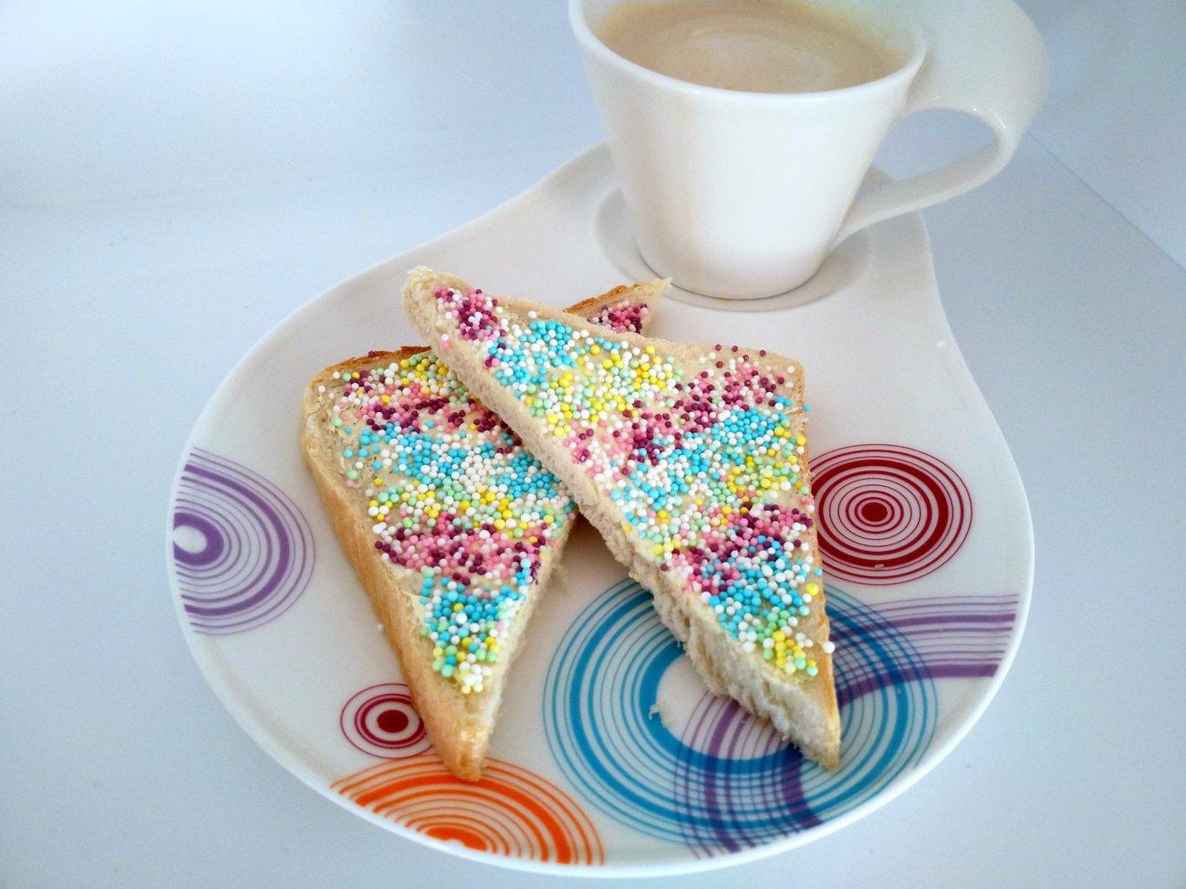 Fairy Bread mit Flat White